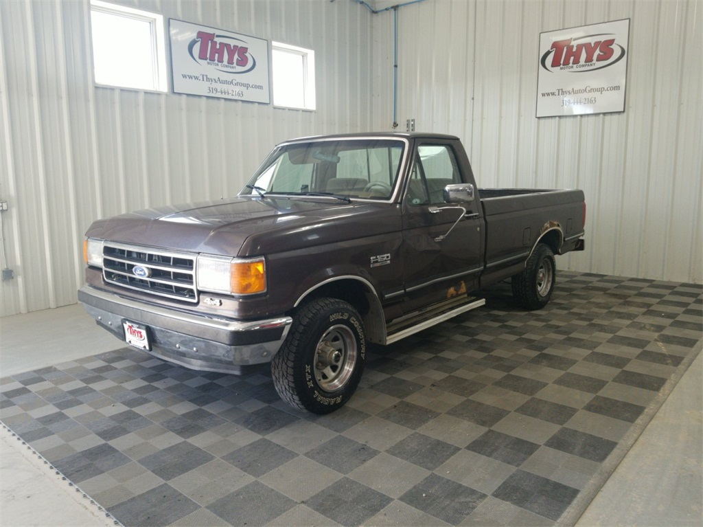 Pre-Owned 1989 Ford F-150 XL
