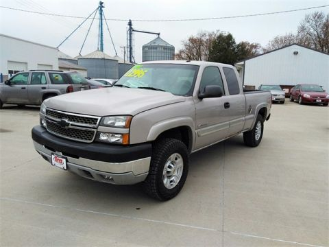Pre-Owned 2005 Chevrolet Silverado 2500HD LT